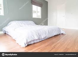 Bett Dekoration Im Schlafzimmer Innenraum Stockfoto Topntp