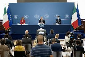 Conferenza stampa del Presidente Draghi e dei Ministri Cartabia e Speranza