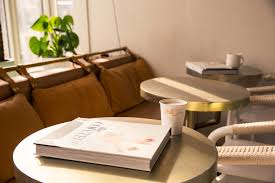 great coffee table accents