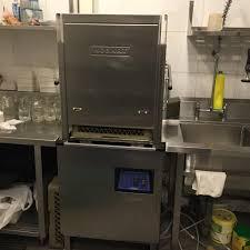 Máy rửa chén công nghiệp giá rẻ có tốt không?