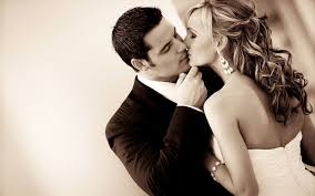 images for beautiful couple kissing hd