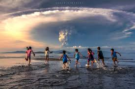 Image result for タール火山避難区域ルポ