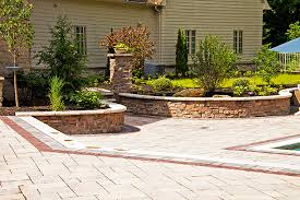 curved stone veneer seating wall and garden wall design cleveland