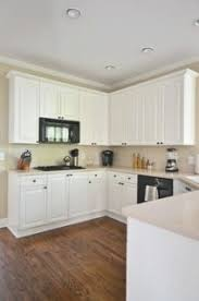 benjamin moore kitchen cabinet paintCream Painted Kitchen Cabinets In Benjamin Moore Feather Down