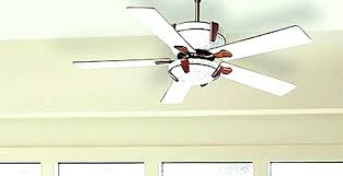 ceiling fan making humming noise fan makes a humming sound ceiling hunter ceiling fan making humming