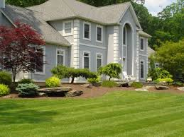 Chic Front Of House Landscaping Front Yard And Backyard Formal Natural Or  Contemporary