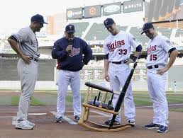 yankees mariano rivera gets unique gift from twins rocking chair made from their broken baseball bats