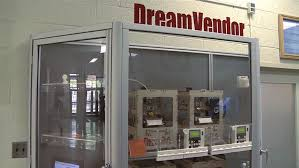 Printing Vending Machine Mesmerizing DreamVendor 48D Printer Vending Machine Turns Students' Ideas Into