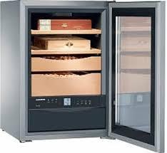 <b>Liebherr humidor ZKes 453</b> - electronic cigar cabinet