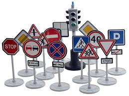 <b>Игрушка Игровой набор Форма</b> Светофор с дорожными знаками ...