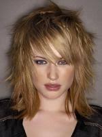 účesy Pro Polodlouhé Jemné Vlasy