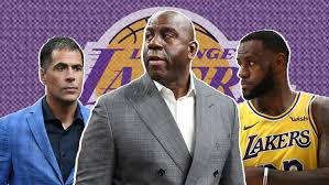 Opinion Magic Johnson Isnt Helping Himself Or The Los