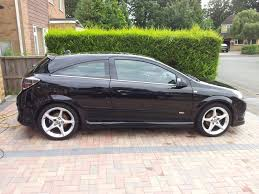 Vauxhall Astra Design 1 8 Vauxhall Astra H 1 8 Design Page 1 Readers Cars