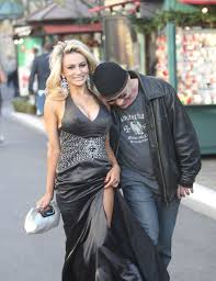 Cele bitchy Courtney Stodden Doug turn down ensemble reality.