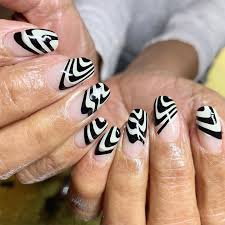 Cool Nail Designs With Black And White Black And White Nail Art Trend Popsugar Beauty