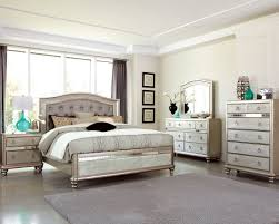 Silver Mirrored Bedroom Furniture Bling Game Metallic Platinum Panel Bedroom Set Bedrooms