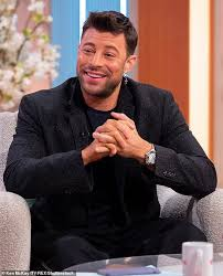 Duncan airlie james (born duncan campbell; Duncan James Reveals Blue Are Planning A Comeback Tour In 2021 To Celebrate Their 20th Anniversary Readsector