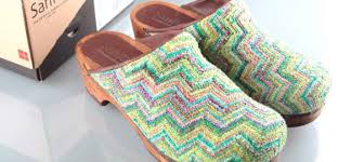 Sanita Shoe Size Chart 10 Best Sanita Clogs Reviewed Rated In 2019 Walkjogrun
