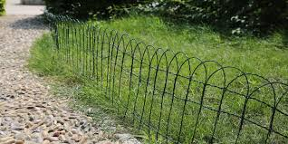 garden border fence with dark green color for grass lawn
