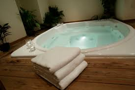 jetted tub freestanding jacuzzi tub how to clean jetted tub