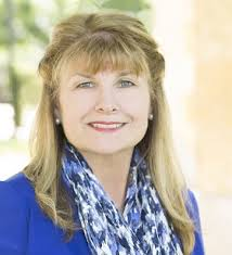 RE/MAX of Texas News » REALTOR® Cindy Smith moves Business to RE/MAX Town &  Country