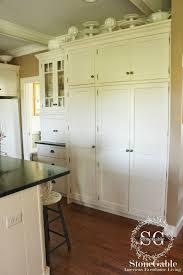 10 Elements Of A Farmhouse Kitchen Stonegable