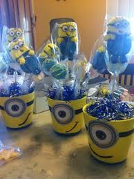 Minion table centerpiece