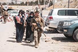 استئناف عمليات الإجلاء الأميركية من أفغانستان إلى قطر وأماكن أخرى