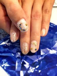 指先がキラリ月と星のストーンで秋空ネイルデザイン Prosol廿日市店
