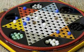 Necesitas dados y fichas para tu juego de mesa matematico y una gran fuente de dichos elementos son los juegos de mesa que no se usan frecuentemente. Juegos De Mesa Que Desarrollan Destrezas Matematicas