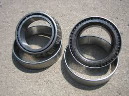 carrier bearing. ford 9\ carrier bearing