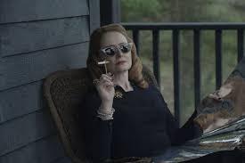 首先看一下Hilda,Harvey以及Netflix的'Sabrina'重启中的更多内容- 娱乐- 2020
