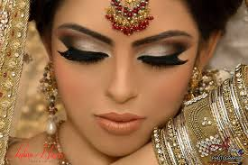 lush lashes smokey eye makeup for a south asian bride