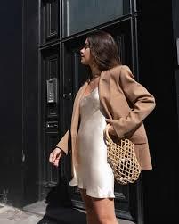 Blazer weather in london sarah christine in 2020 | Fashion, Style  inspiration, Fashion inspo