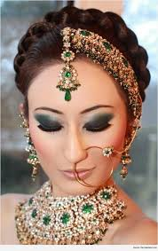 crown braid hairstyles for sarees