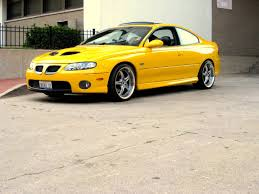 2006 pontiac gto for sale | Custom yellow seat inserts | Hot Cars ...