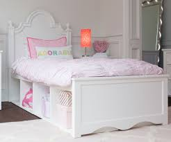 Craft ADELAIDE Panel Bed with Cubbies Twin Size White