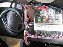 britishv8 org ron francis wiring harness for early bronco ron francis wiring harness featuring two relays, two flashers, and sixteen fuses