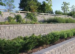 building a stone retaining wall