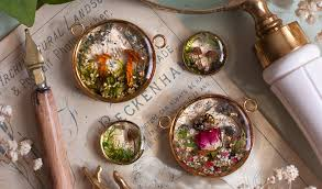 lost forest offers plant jewelry