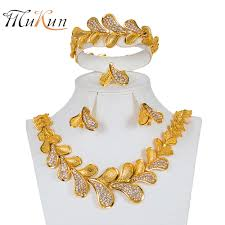 Gold Set Design Dubai Us 8 11 68 Off Mukun Bridal Gift Fashion Dubai Jewelry Sets Big Nigerian Wedding Gold Color Design African Beads Jewelry Set Wholesale Design In