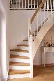 De diese art ist preismaessig am günstigsten. Holztreppen Sind Deutlich Gunstiger Als Betontreppen Holztreppe Betontreppe Treppe Holz