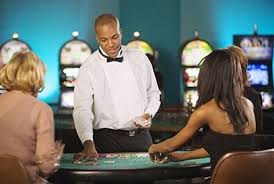 How To Become A Casino Dealer In 2019 The Complete Guide