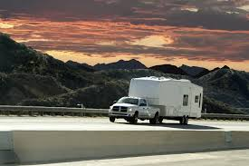 Should You Drive a Motorhome or Tow a Trailer?