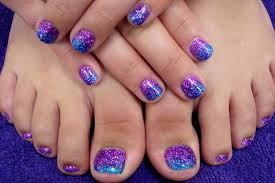 50+ Best Toe Glitter Nail Art Design Ideas