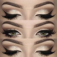 sparkly eyeshadow w winged eyeliner makeup