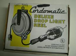 Cordomatic Light Klein Tools 900g Drop Light 30 Foot