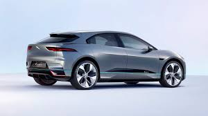 2018 jaguar jeep. Modren Jaguar Jaguaru0027s Electric IPace Concept Will Land At Dealerships In 2018 On Jaguar Jeep E