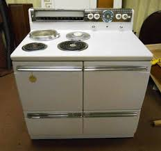 Antique Looking Kitchen Appliances New Old Stock Westinghouse Dd 74 Range Discovered After 60 Years