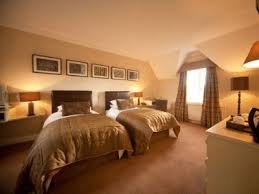 ... Stable Courtyard Bedrooms At Leeds Castle ...